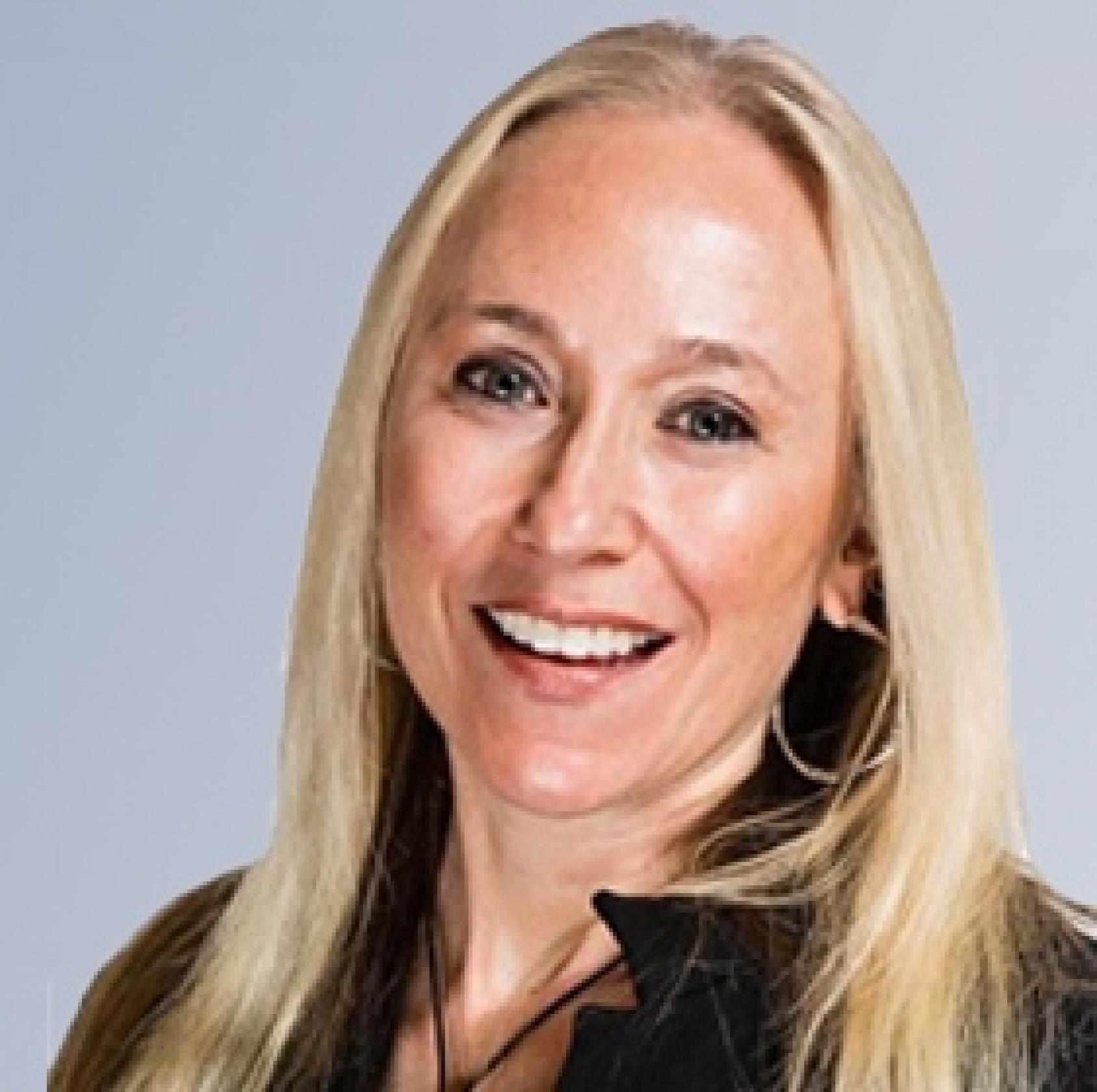 Panelist <br>ANNETTE FRANZ